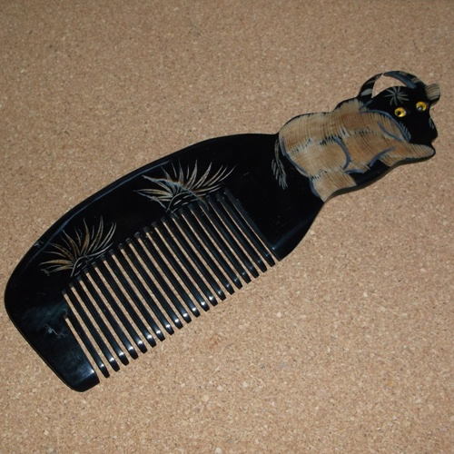 Fine Tooth Tibetan Yak Horn comb for detangling without static supplied by Longhaired Jewels